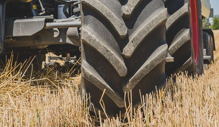 Haupteinsatzgebiet des Traktors sind Felder