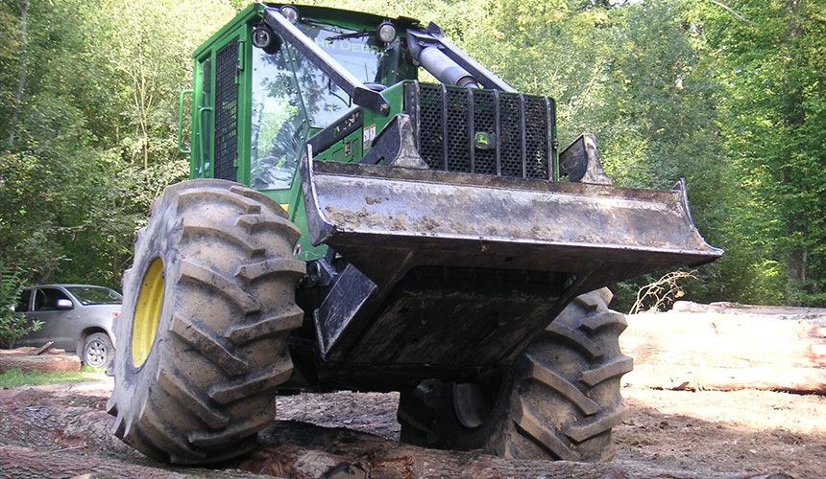 Forestry-Reifen für Waldarbeiten