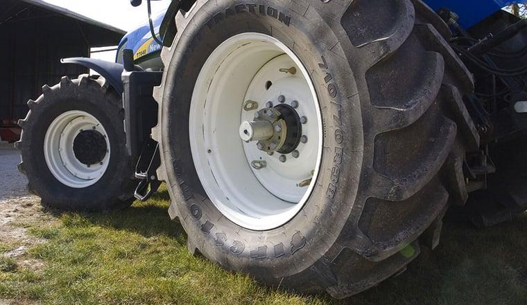 Größere Traktorreifen = mehr Leistung