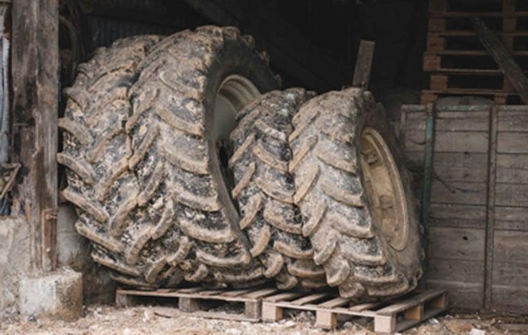 Gelagerte Traktorreifen